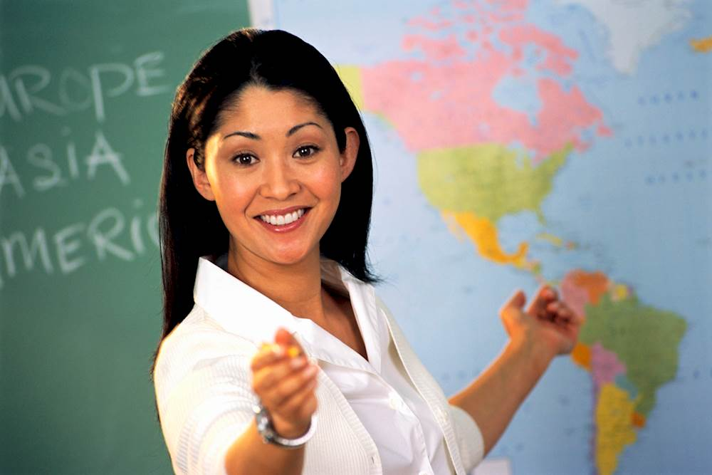 635746034297819769-319844365_geography-teacher-4.imgopt1000x70